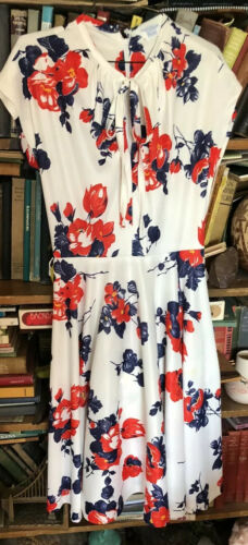 1960s mid century Floral Summer Dress By Sears Sma