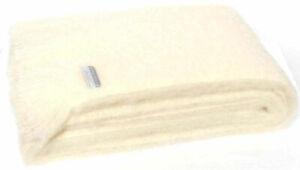 Masterweave Windermere Mohair Knee Wrap Throw Blanket in Cream