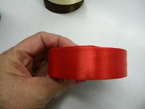 mercerie-2m-ruban-satin-25mm-article-neuf-couture-confection-noeud-rouge
