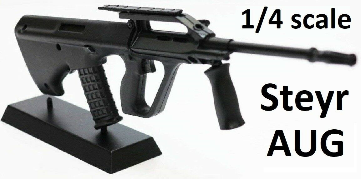 1 4 SCALE - STEYR AUG DIECAST DISPLAY MODEL - bullpup SA80 AK47 1 3 1 6 Cold War