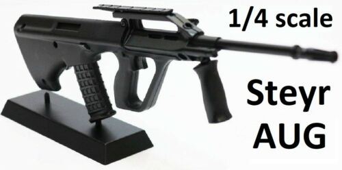1//4 SCALE STEYR AUG DIECAST DISPLAY MODEL bullpup SA80 AK47 1//3 1//6 Cold War
