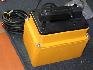 Details about Airmar M260 Shoot Thru Hull 1,000 Watt Transducer w/ Lowrance  7 Pin Blue Plug