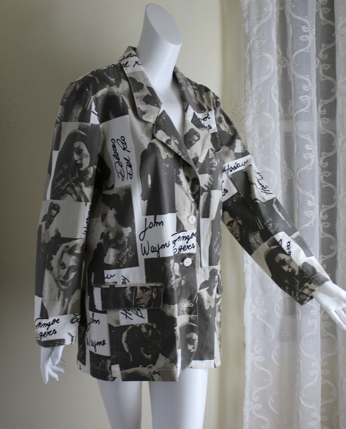 Exterior M L Vintage Film Movies Jacket John Wayn… - image 1
