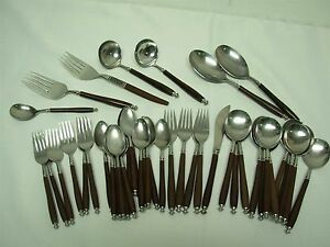 44 Pcs Oxford Hall Quot Oxh90 Quot Stainless Brown Handle Flatware