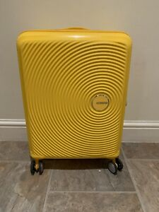 American-Tourister-Soundbox-Spinner-Extensible-55-cm-35-5-41-L-2-6-Kg-Jaune