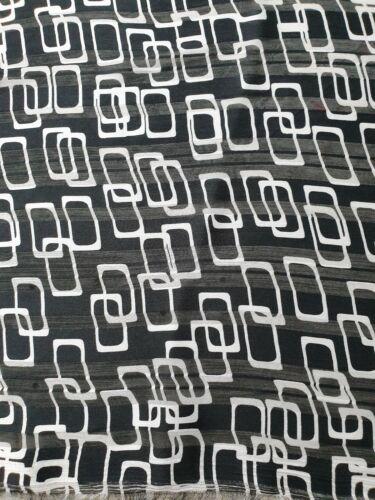 Black//White Shapes Polyester Satin Chiffon Print Blouse//Dress Fabric A118
