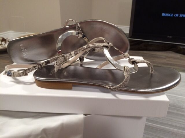 Escada New leather sandals - Size 39 - Made in in in  5fd915