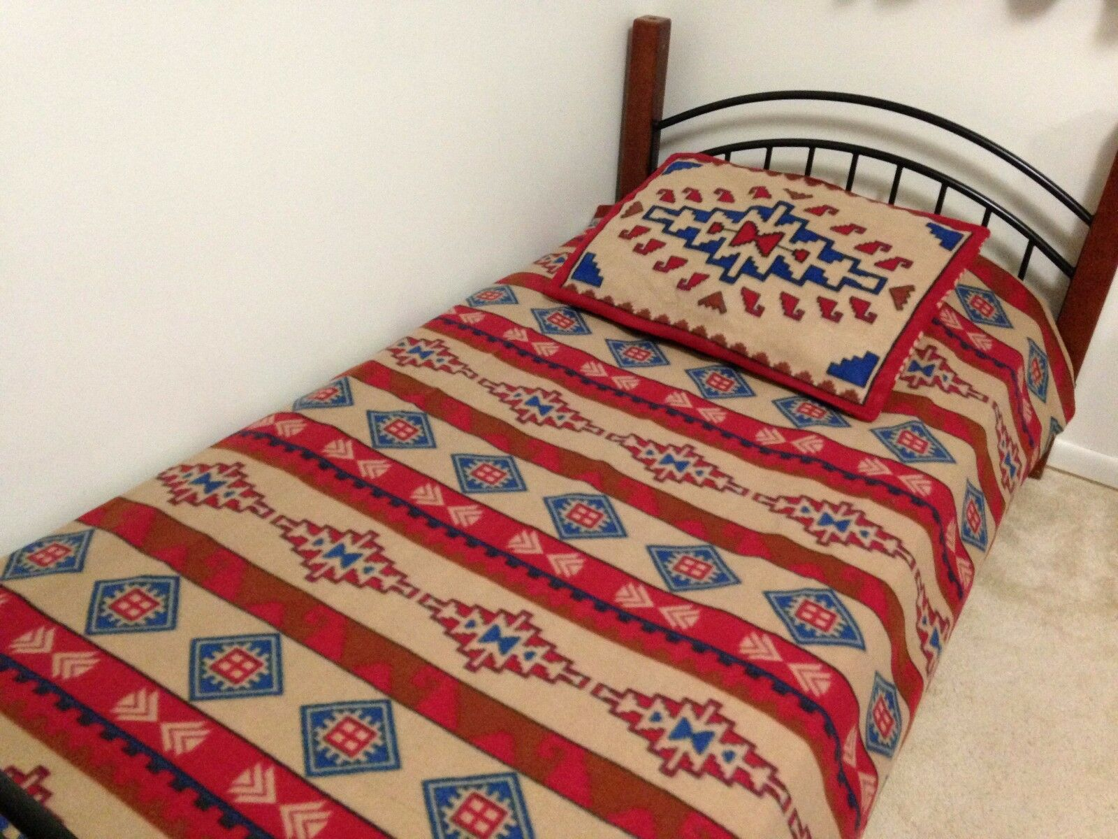 Southwest Santa Fe Lightweight Fleece Coverlet Bed Cover Blanket Sham Set Decor