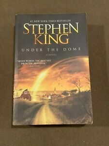 Stephen-King-Under-the-Dome-Large-Softback-Book-2009-1st-Edition-1st-Printing