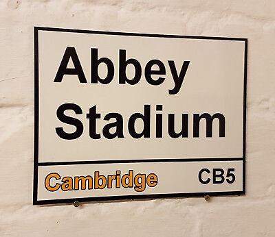 Cambridge United FC Abbey Stadium Street Signe en Métal Aluminium Football Ground