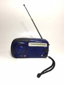 Vintage-RadioShack-12-801-AM-FM-Wind-Up-Radio-with-Emergency-Alarm-Dynamo-Tested