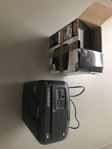 Papierschredder Büroelektronik