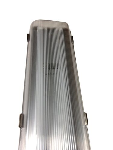 LED Vapor Tight Walk In Freezer Cooler Light Fixture 4/'  48 Watt LED NEW 40°F
