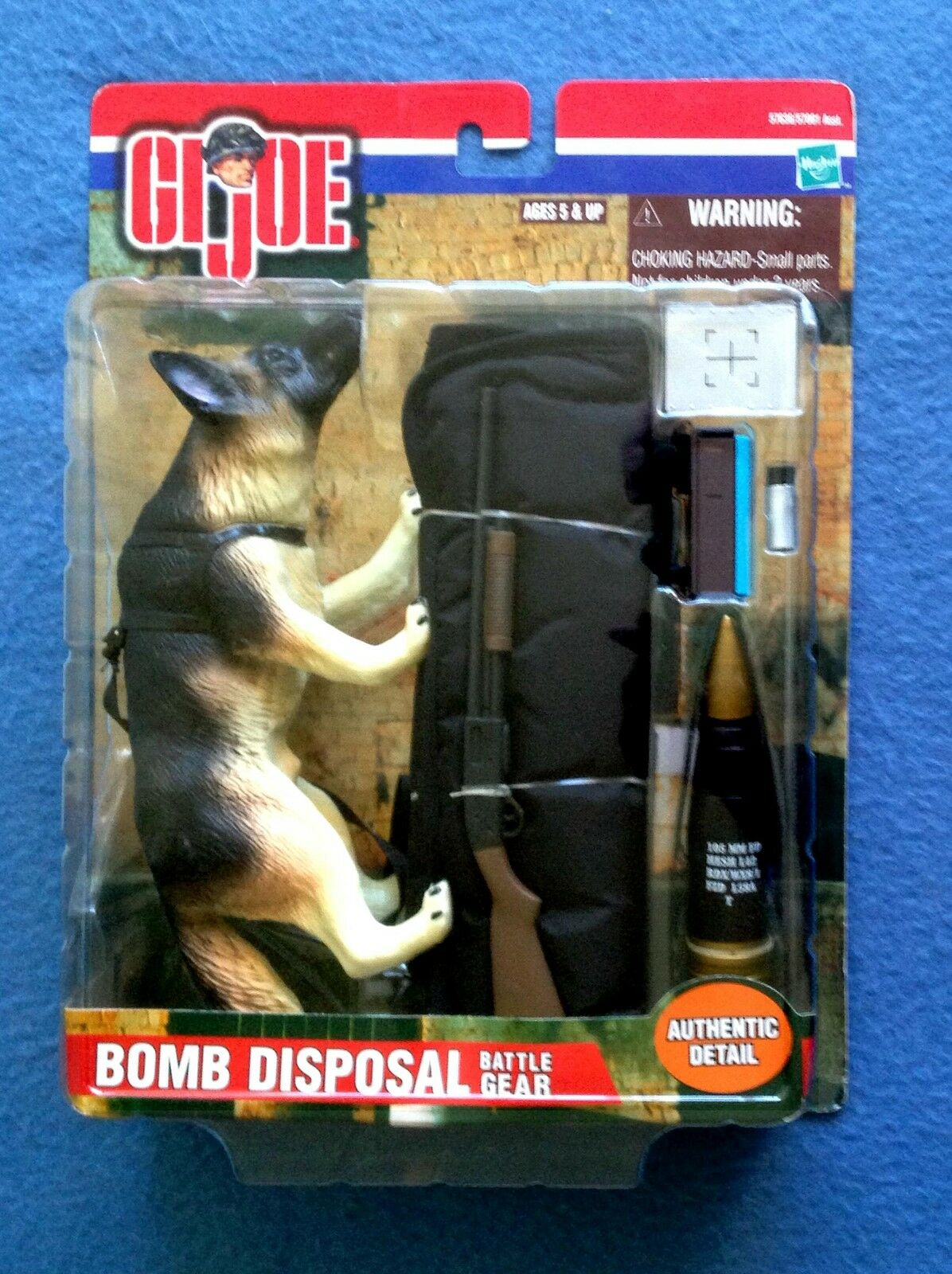 GI JOE BOMB DISPOSAL BATTLE GEAR HASBRO 2000 G.I. JOE FIGURE