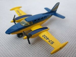 Vintage-Matchbox-Skybusters-SB9-CESSNA-402-Blue-and-Yellow-Toy-1974-1970s
