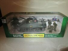 New Ray Modern Armor Battery Op Sherman Tank M4A3 1/32 NIB