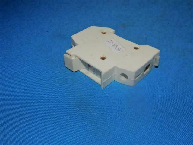 "FUSE HOLDER 30A 600V SCREW TOP 13//32/"" X 1-5//8/"" for Bussmann HPF-FF SC25 381219"