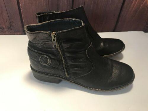 $195 KICKERS GROOVE BOOTIES BLACK LEATHER~SZ 40~