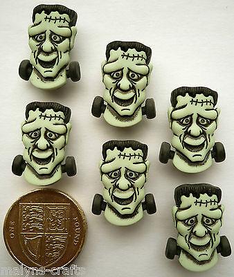 FRANKENSTEIN HEAD Craft Buttons 1ST CLASS POST Halloween Monster Ghost Themed