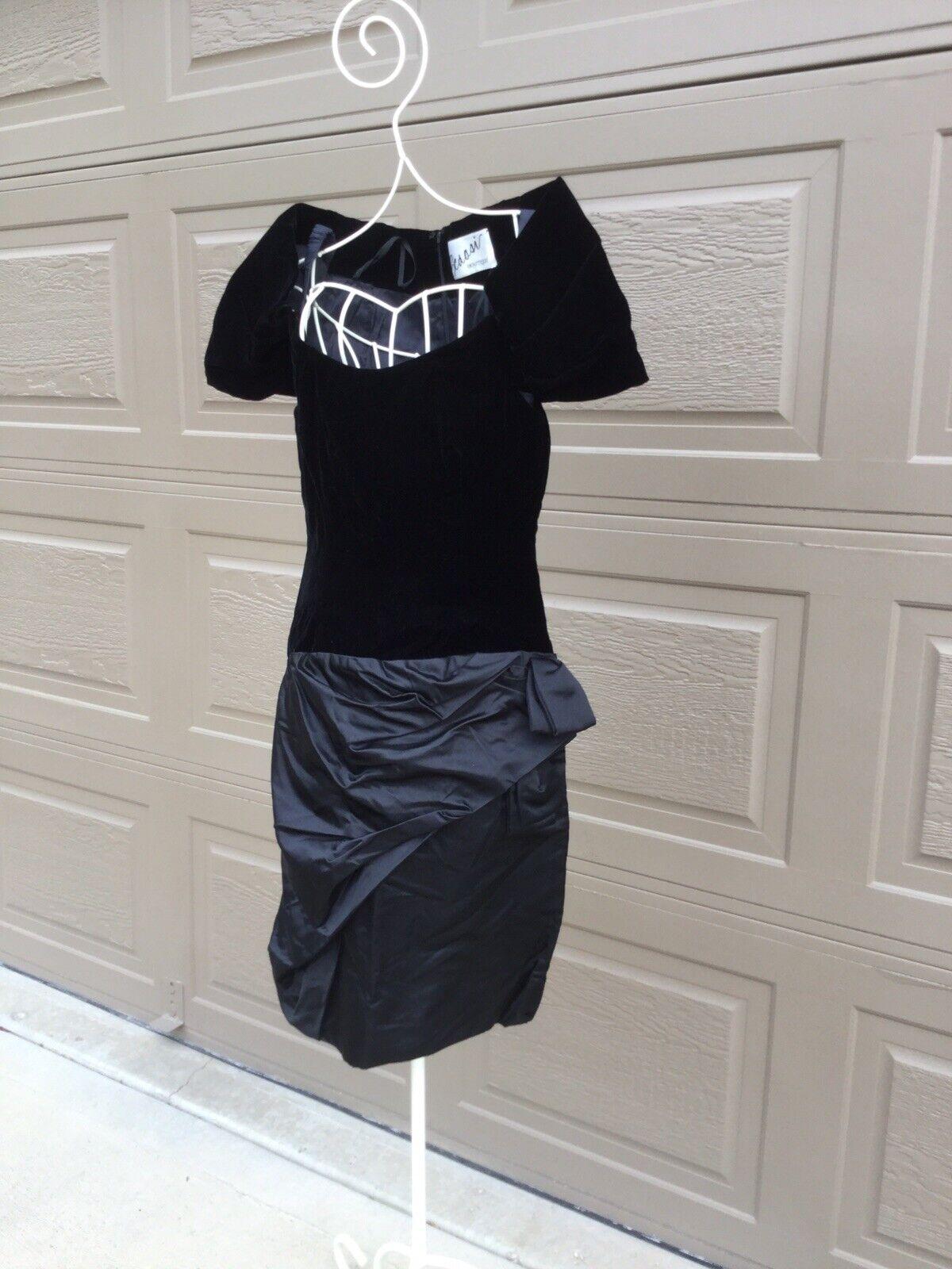 Scaasi Boutique Couture Black Velvet Satin Dress,… - image 2
