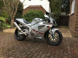 Honda-VFR1000-SP1-RC51-2001