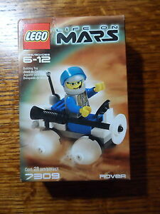 Lego-Life-on-Mars-Rover-7309