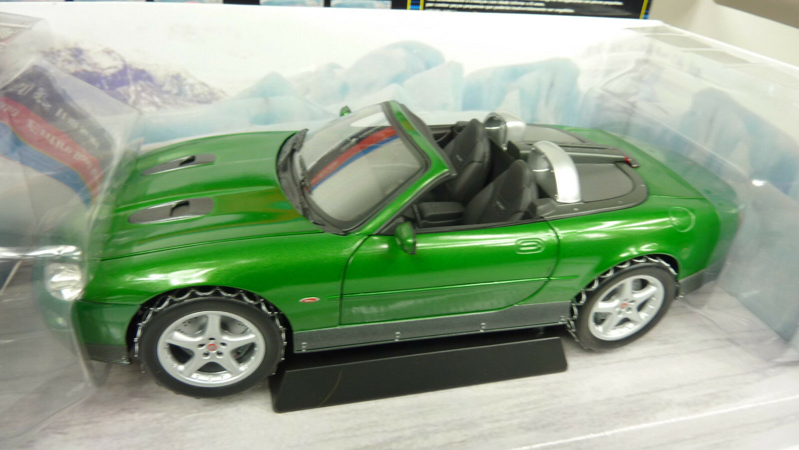 Pauls model type 1 18 James Bond 007 Jaguar xkr roadster Voir les images (a28)