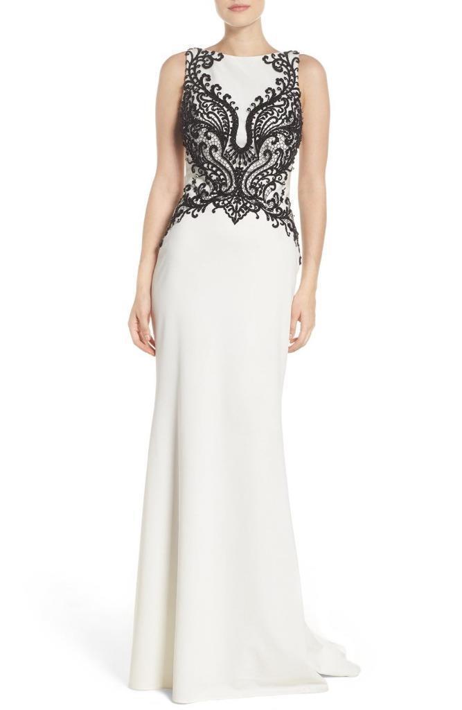 GiGi By La Femme Style 22654 Embellished Column Gown -Größe 8 (F)