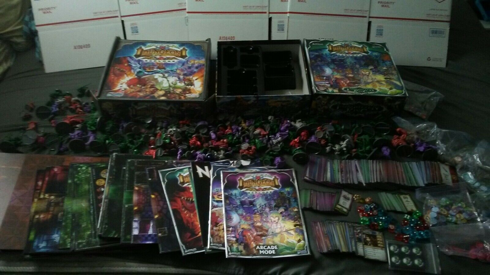 Soda Pop Miniatures Super Dungeon Explore &  Forgotten King  HUGE lot Board Game