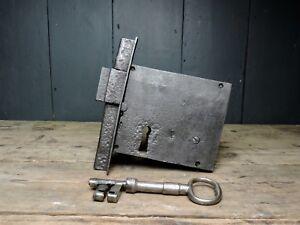 Antique-18th-Century-Large-Georgian-Iron-Door-Lock-amp-Key