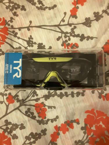 TYR Racing Adult Fit Swim Goggles masks pro ultra light yellow//black with Case