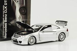 Mercedes-Benz-CLK-DTM-AMG-Coupe-DTM-Street-C209-silber-1-18-Kyosho