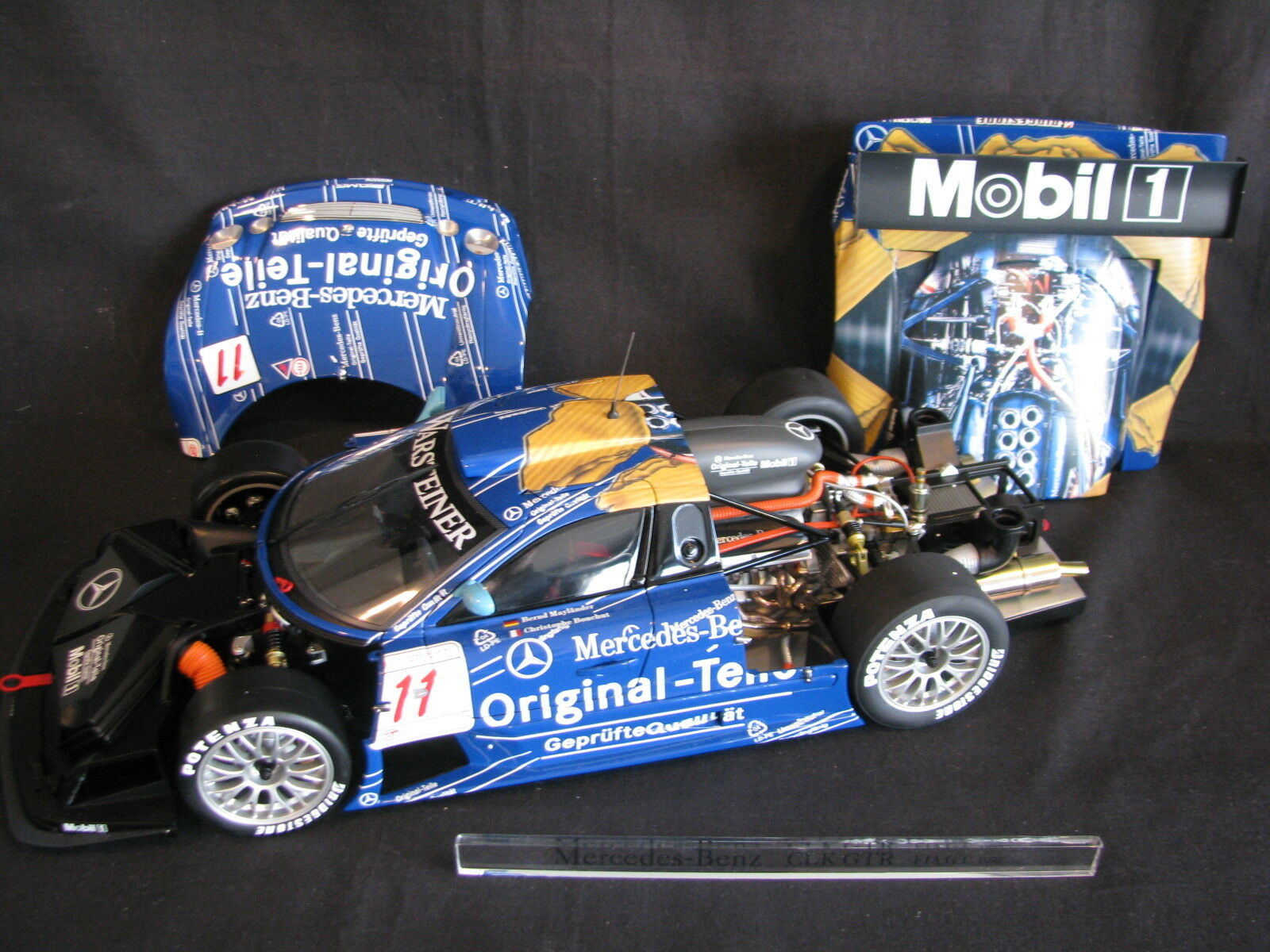 AutoArt Mercedes-Benz CLK GTR 1998 1:12  11 Bochout / Myländer FIA GT  JS