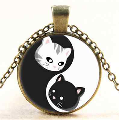 Vintage Ying and Yand Cat Cabochon Glass Bronze Chain Pendant  Necklace
