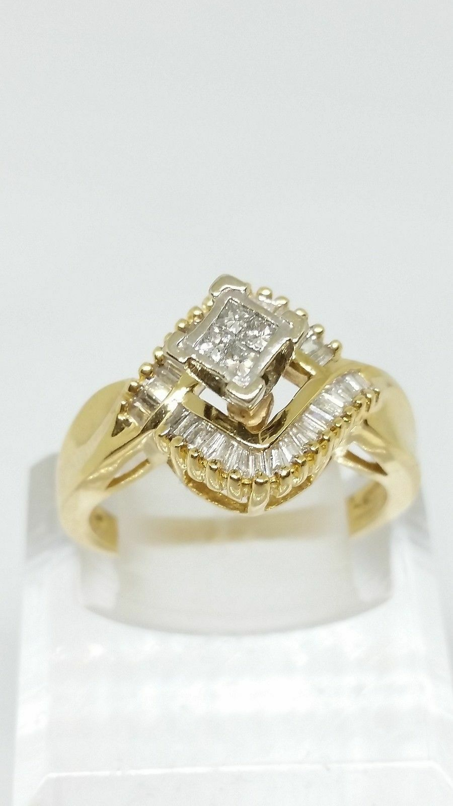 14k Yellow gold Vintage Solitaire With Accents Diamond Engagement Ring Size 7