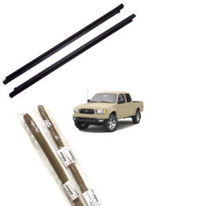 Toyota Genuine 68160-04020 Door Glass Weatherstrip Assembly