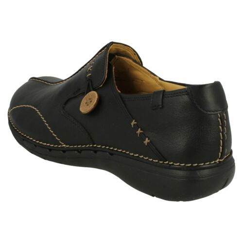 Ladies Clarks Leather Slip On Shoes Un Loop4