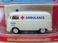 Johnny Lightning - Working Class - '62 Volkswagen Type 2 Ambulance - Diecast