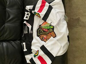 hockey-jersey-mens-2XL-half-price-Brand-new-with-tags