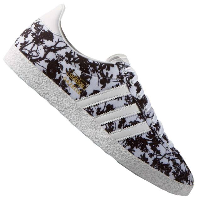 the best attitude 22d29 fa8b8 Womens adidas Originals Gazelle OG W Low Rise Trainers in ..