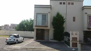Casa en Residencial Parque la Gloria cerca de Patio Queretaro