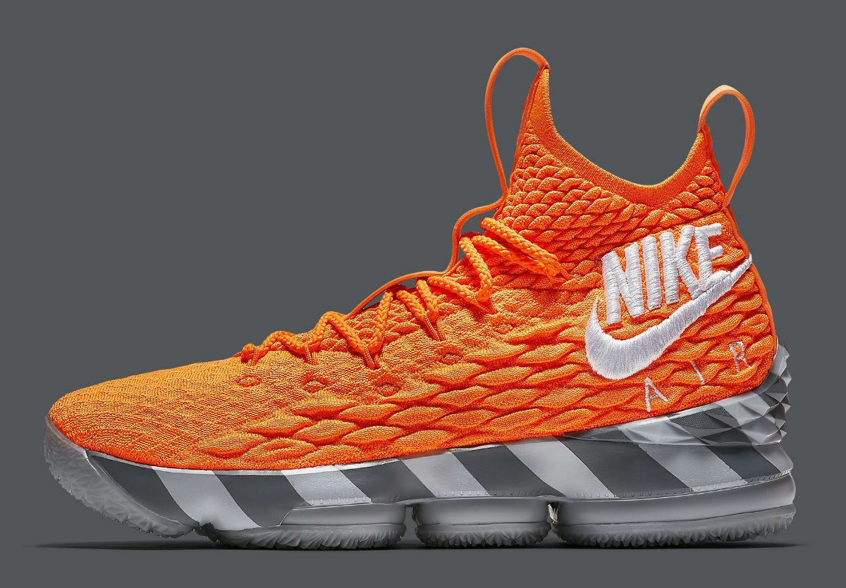 Nike LeBron 15 XV KS2A orange Box PE Size 14. AR5125-800 kith ghost