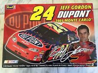 1/24 Jeff Gordon 2005 Dupont Monte Carlo Nascar By Revell Kit Is Complete