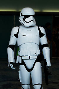 STORMTROOPER-Episodio-VII-SCALA-1-1-INDOSSABILE-COSPLAY-Costume-Star-Wars