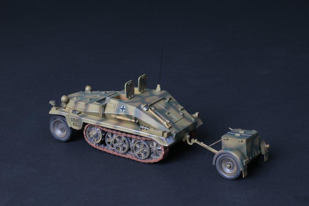 THOMAS GUNN WH001A - SdKfz 252 Tractor Unit Normandy WW2