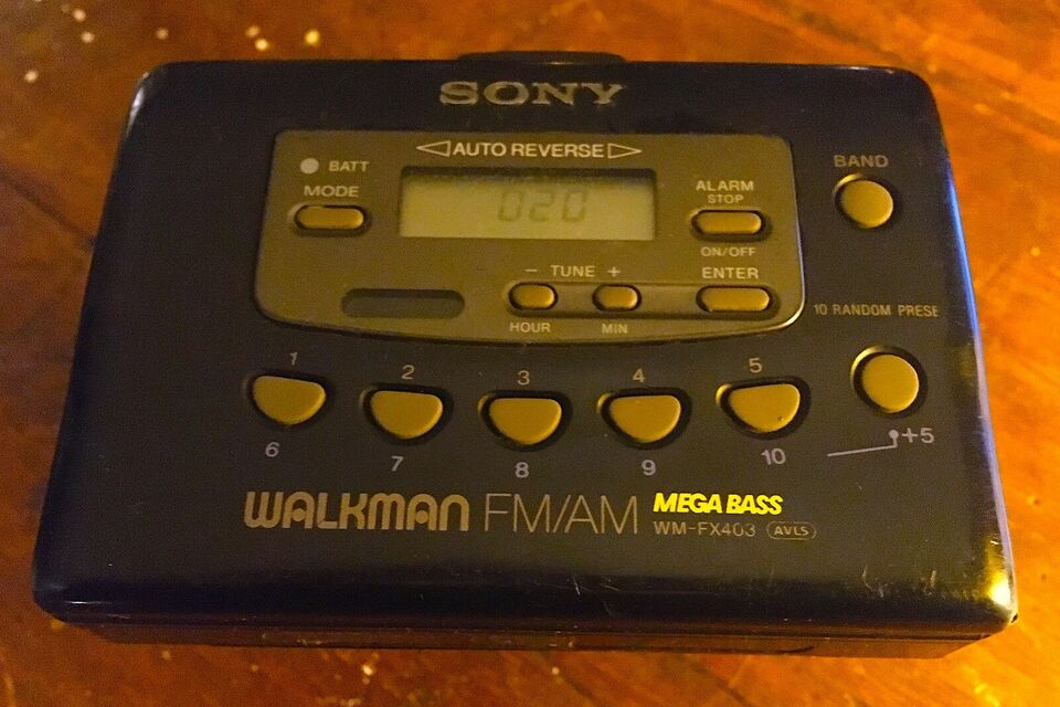 Walkman, Sony, Sony WM-FX403 MegaBass
