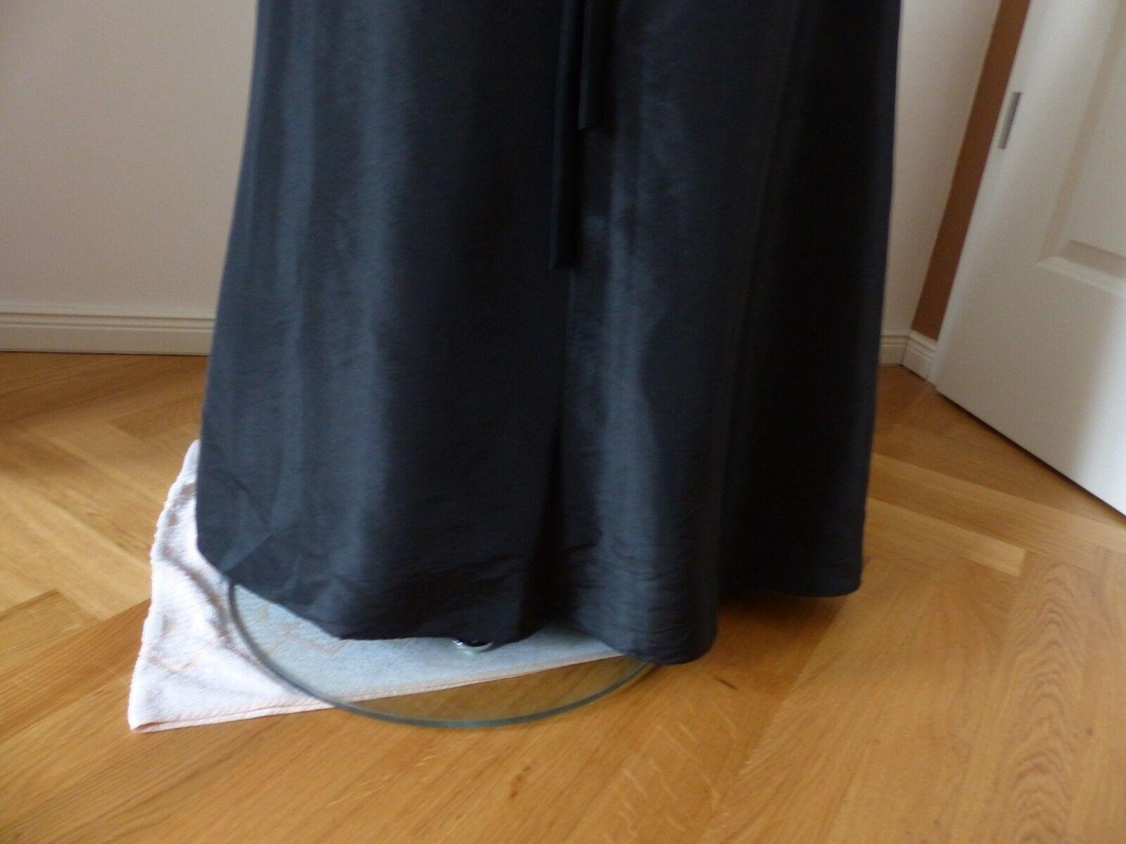 Kleid von Magic Nights. Gr.  38     NP.   auf  gesetzt. 7fe79b