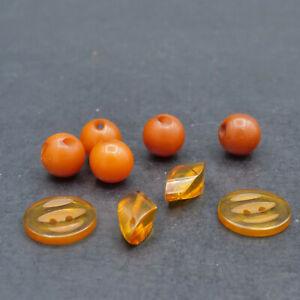 3 Vintage Bakelite Applejuice Buttons