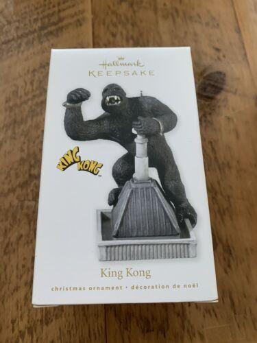 Hallmark Keepsake Ornament 2010 King Kong Gorilla NIB Movie New York City.