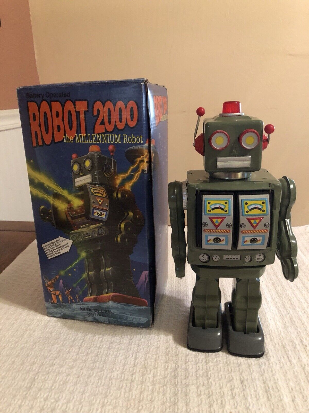 Robot 2000 the Millennium Robot in scatola Schylling Collector Collector Collector Series 12  1997 aade47